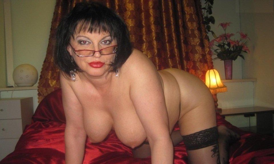 Частное фото женщин в возрасте голые приоткрыл