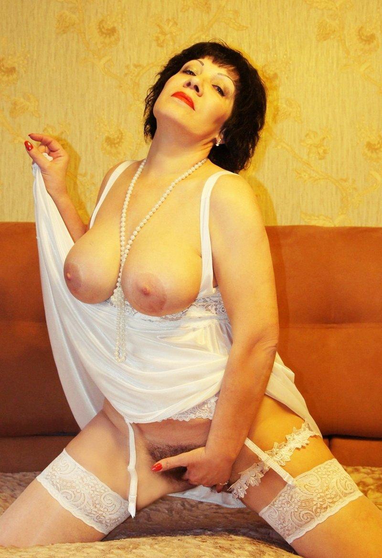 В телефону 2500 по москве вызов проститутки руб